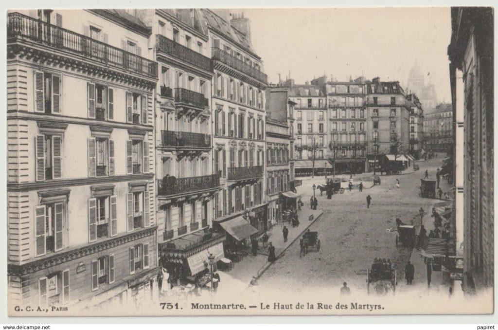 Haut de la rue des Martyrs Paris 9e