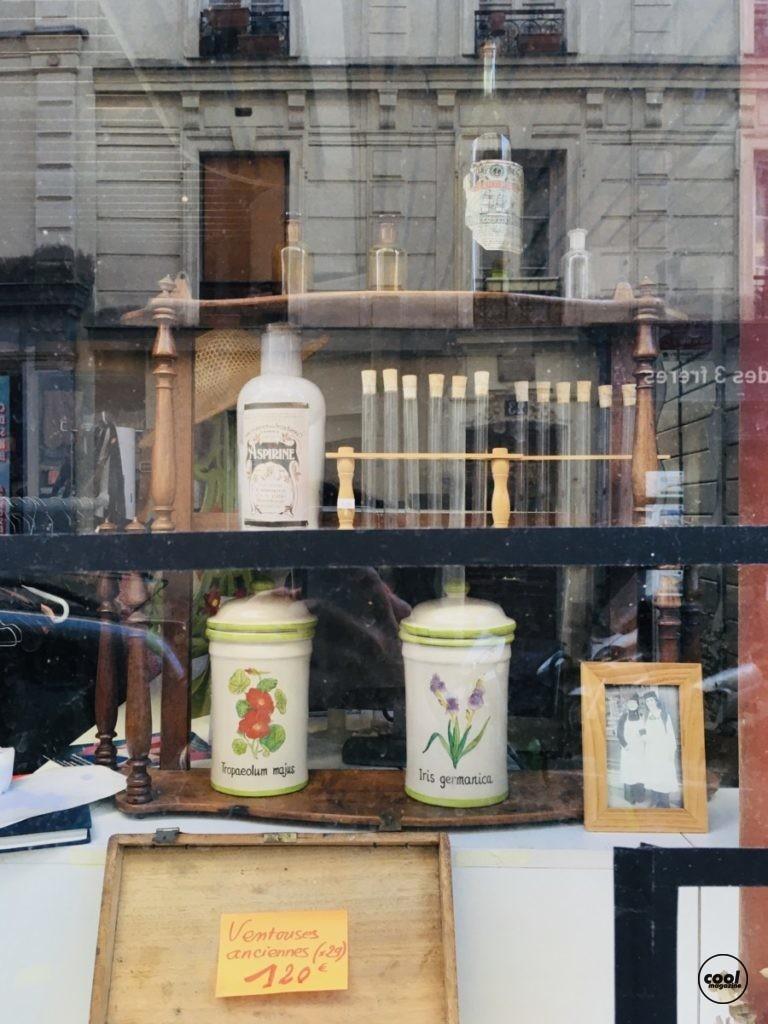 Braderie Pharmacie des Trois Frères, Paris 18