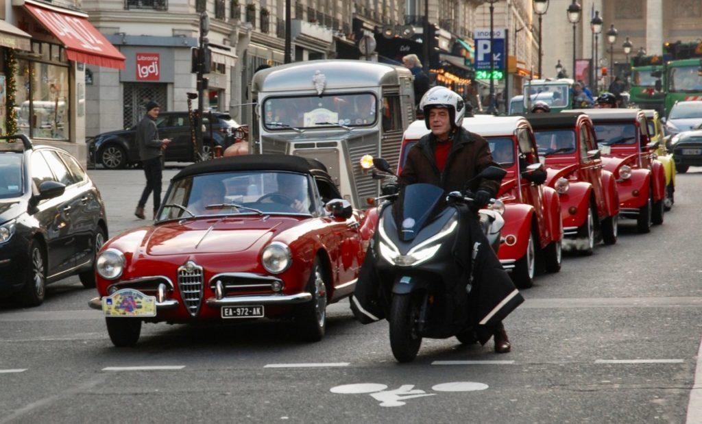 Traversée de Paris 2021 voitures anciennes
